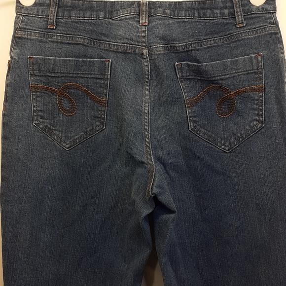 Smith's  Women's Stretch Blue Jean's Sz 12